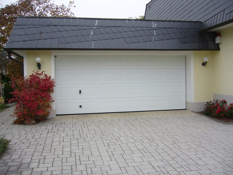 tore und t ren garagentore und industrietore metallbau bennewitz. Black Bedroom Furniture Sets. Home Design Ideas
